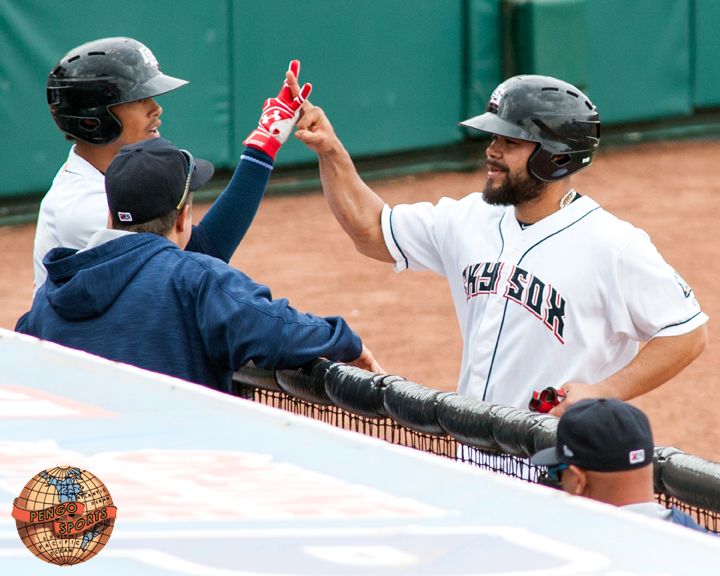 Sox eat the Bees 5-4